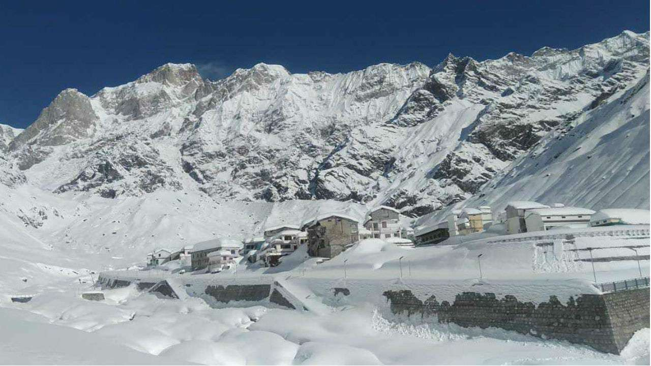 winter time kedarnath temple